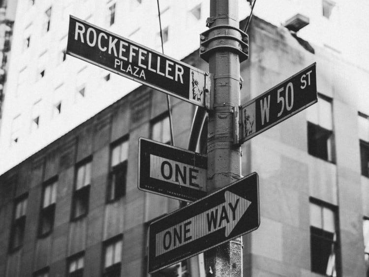 Rockefeller Plaza straatnaambordje
