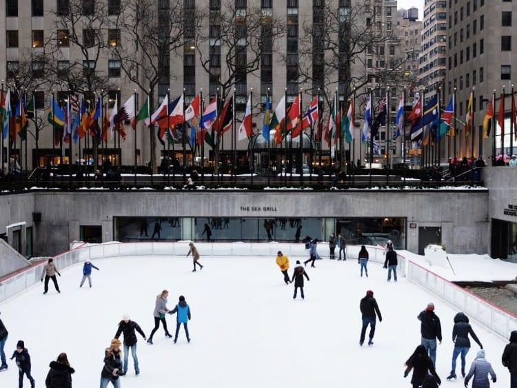 In de winter staat er op het Rockefeller Plaza altijd een leuke schaatsbaan